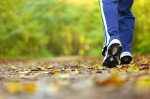 canstockphoto10804685_walking