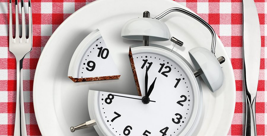 HealthTalk: Is eating a late dinner hurting my health?